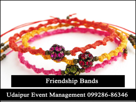 FreindshipBandMaking-BirthdayPartystall-Udaipur-Rajasthan-India