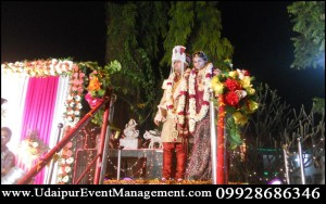 weddingdecoration-DanceFloorstagedecorations-Wedding-Reception-Udaipur-Rajasthan