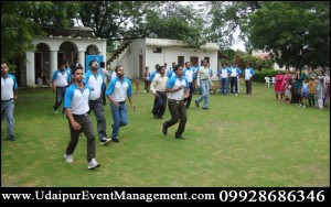 CorporateTeamBuildingOuting-LightDecoration-TaxiArrangement-udaipur-rajasthan